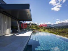 居外网在售新西兰皇后镇4卧2卫的房产总占地507平方米NZD 6,950,000