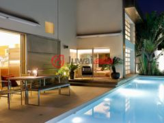 居外网在售中国香港香港岛3卧4卫的房产USD 25,000,000