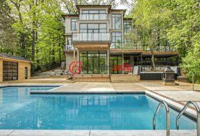 居外网在售加拿大5卧7卫新房的房产总占地5344平方米CAD 8,999,000