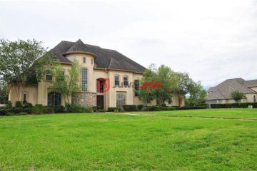 美国休斯顿5卧5卫曾经整修过的房产