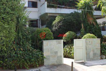 居外网在售希腊3卧2卫曾经整修过的房产总占地205平方米EUR 450,000