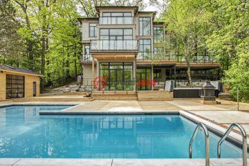 居外网在售加拿大5卧7卫新房的房产总占地715平方米CAD 8,999,000