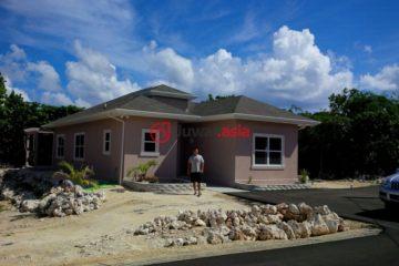 居外网在售开曼群岛3卧2卫特别设计建筑的房产总占地10000平方米USD 591,000