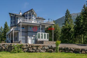美国房产房价_蒙大拿州房产房价_卡利斯佩尔房产房价_居外网在售美国卡利斯佩尔5卧5卫特别设计建筑的房产总占地4平方米USD 2,750,000