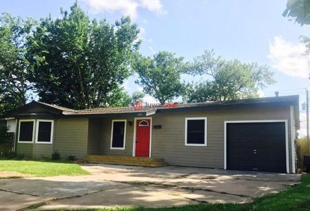 美国德克萨斯州莱克杰克森3卧2卫的房产图片